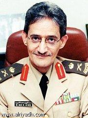 أول طبيب سعودي يحصل على أستاذ في علم الأعصاب