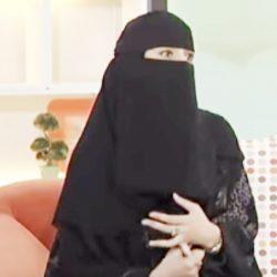 أول فتاة سعودية تبتكر لوحات فنية عبر الإضاءة