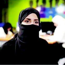 سعودية تركت الوظيفة فاستطاعت تملك 3 محال لبيع وصيانة الجوالات