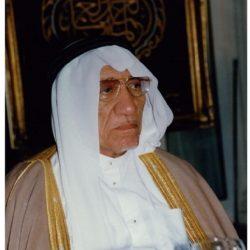 حسين عرب.. أول وزير لوزارة الحج والأوقاف