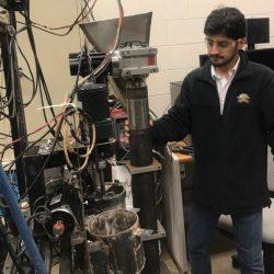 """فهد الهاجري..  كأوّل مبتعث سعودي ينجح في تطوير تقنية """"طابعة ثلاثية الأبعاد"""""""