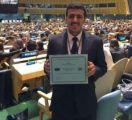 مبتعث يفوز بجائزة الشرف لنواب الأمم المتحدة