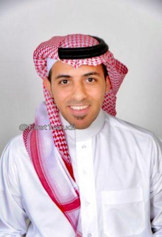 أول أستاذ جامعي سعودي يدرس الاقتصاد باللغة اليابانية بجامعة يابانية